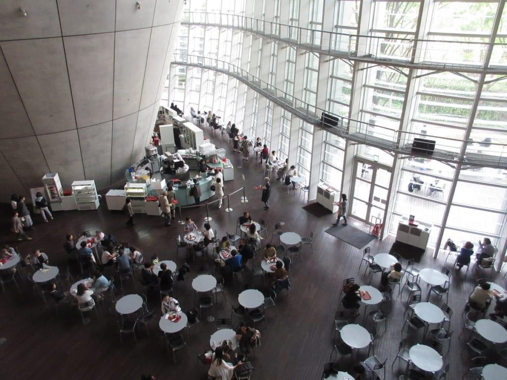 国立新美術館1階 カフェ