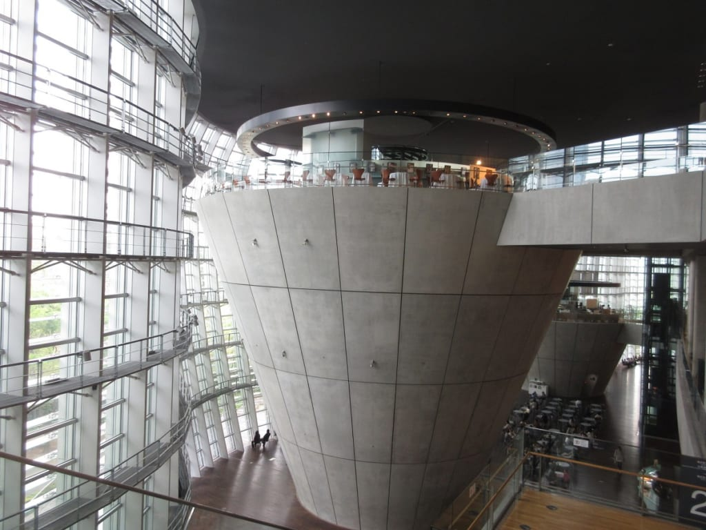 国立新美術館3階レストラン