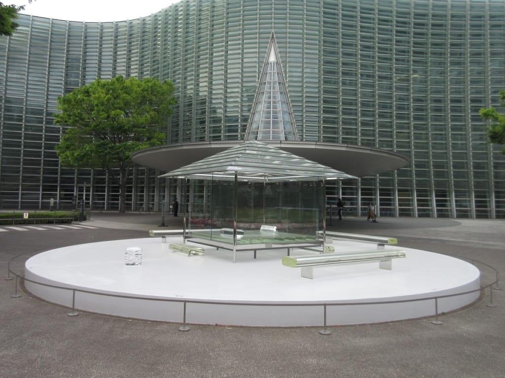 国立新美術館 謎のガラスの家