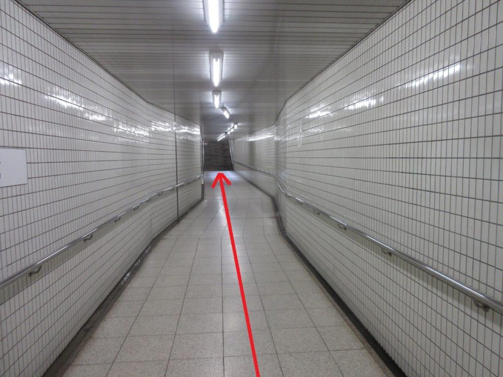 桜通線 桜山駅 4番出口