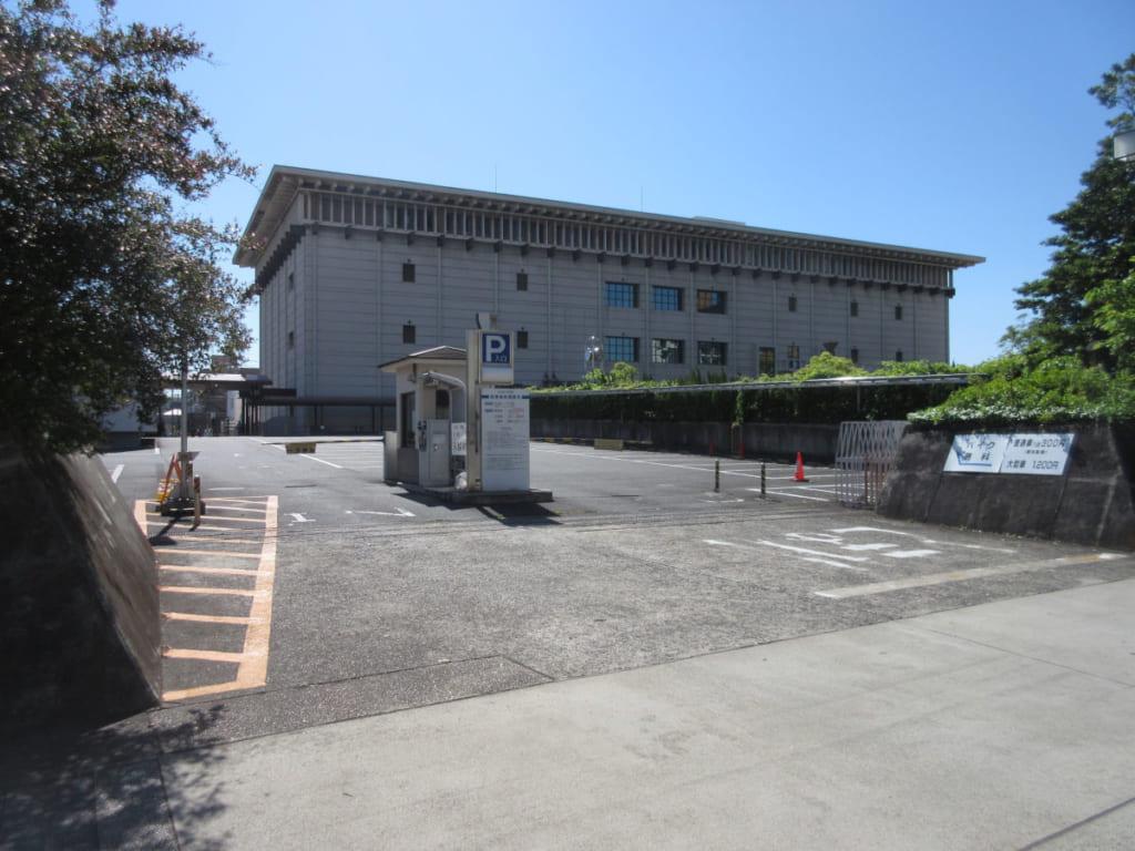 名古屋市博物館 駐車場