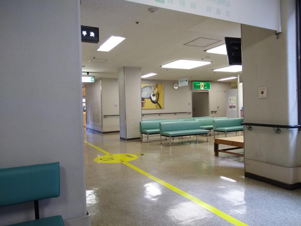 県立多治見病院 2階受付